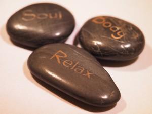 Masáž lávovými kameny aneb Hot stones